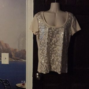 DKNY T-shirt with Silver Animal Print Front L Lg